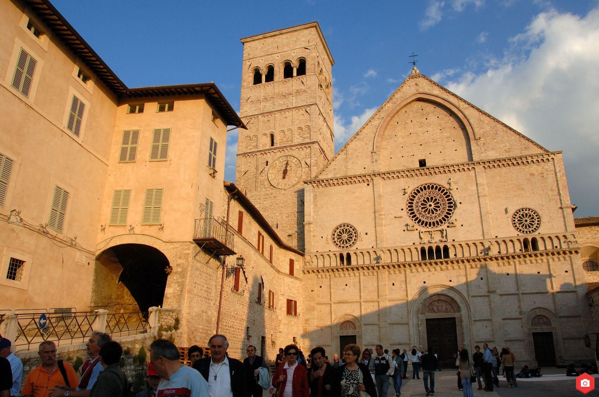 CATTEDRALE DI SAN RUFINO risultato - Assisi